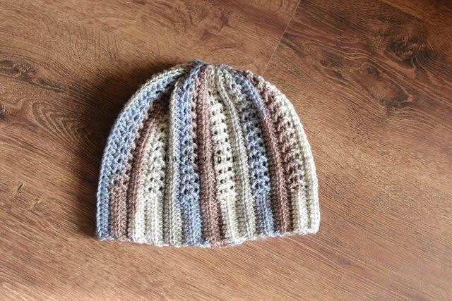 damska hackovana ciapka