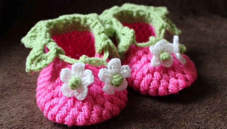 Blooming Strawberry Crochet Baby Booties