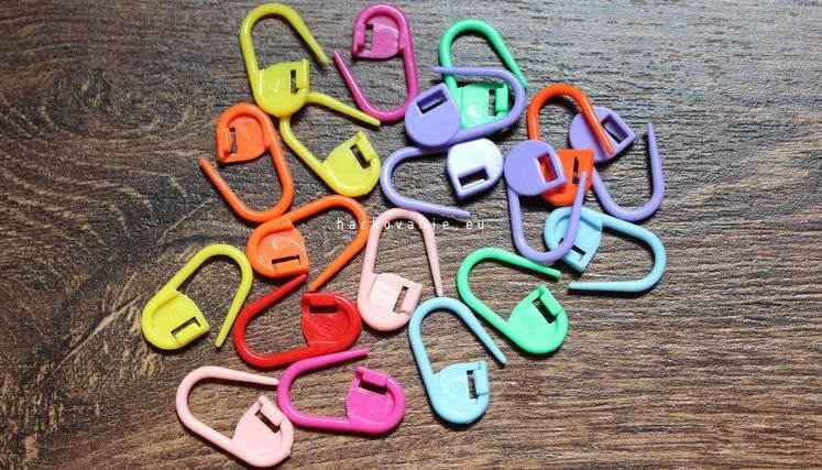 zatvaracie oznacovace pomocka pri hackovani a pleteni