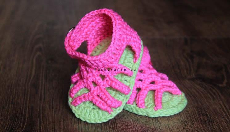 hackovane sandalky