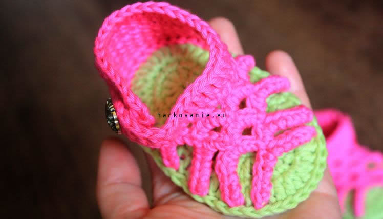 rozkosne hackovane sandalky pre dievcatko
