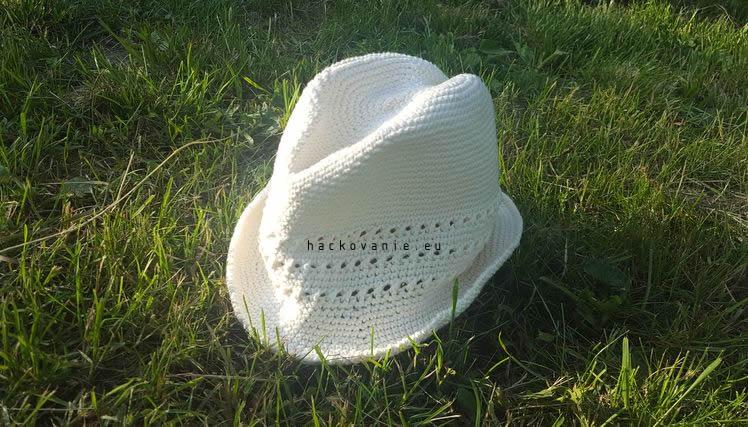 3640353c6 Letný háčkovaný klobúk - NÁVODY NA HÁČKOVANIE