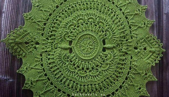 crochet doily Marion by Grace Fearon