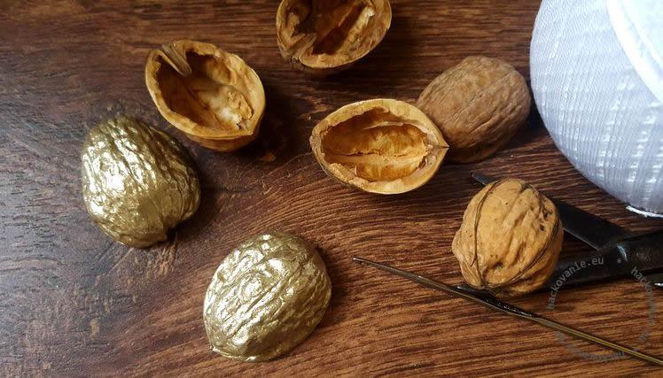 vianocne ozdoby z orechovych skrupin navod