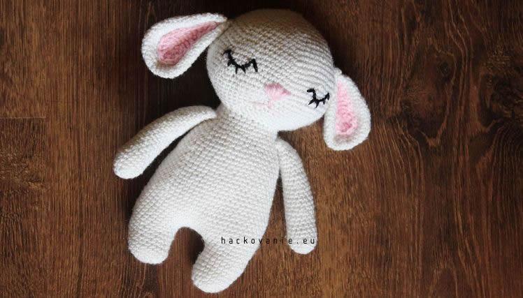 hackovana hracka hackovane zvieratko hackovany zajko