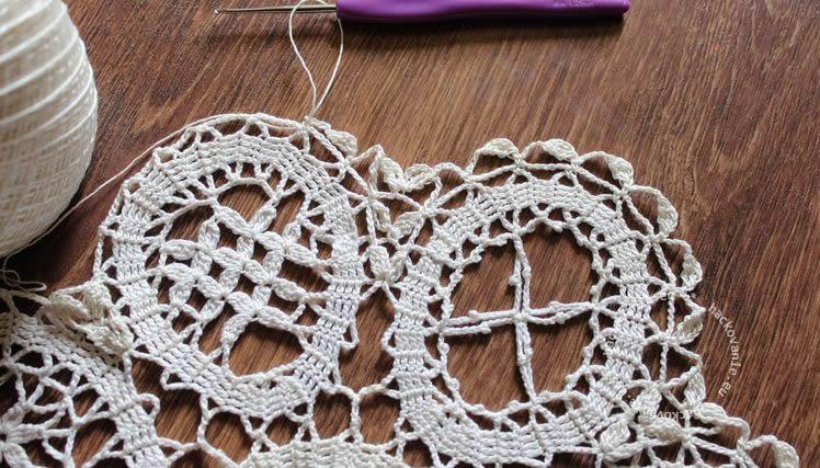 bruges lace doily flanderska cipka decka k Velkej noci